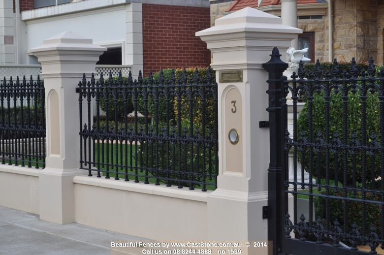 The plinth wall recommended for this arched pillar is 550mm high